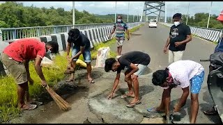 Why do we need Govt? Why do we pay taxes? Aldona youth takes up the initiative to repair roads!
