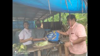 AAP convenor Rahul Mhambre visits flood affected areas, distributes ration and supplies to needy