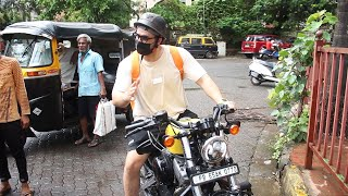 Bike Par Ghumte Dikhe Aly Goni, Spotted Outside Gym At Andheri
