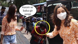 """"""" Aaram se baba """" Alia Bhatt Says to paparazzi as she snapped outside salon in bandra"""