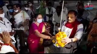 krishnashtami vutti breaks durga temple | అమ్మవారి సేవలో ఉట్టికొట్టు వేడుక | social media live