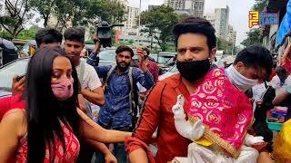Krushna Abhishek & Kashmera Shah At Taking Ganpati Bappa Home
