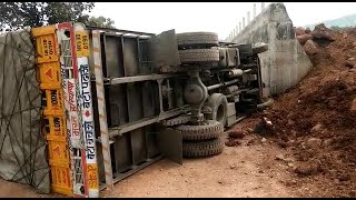 #Accident| Pernem locals had enough, give a piece of their mind to the contractor!