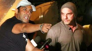 Salman WARNS Sohail Khan, Salman Khan Doesnt Want Any More Awards - Watch Out