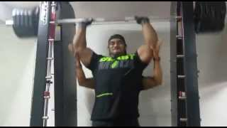 sangram chougule working out delts at physc gym