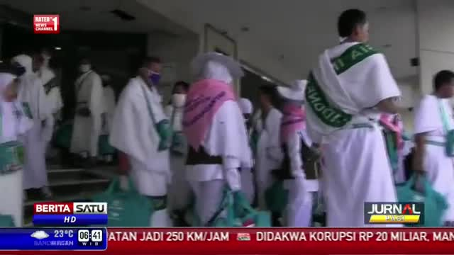 Jemaah Calon Haji Indonesia Berangkat ke Arafah Secara Bertahap
