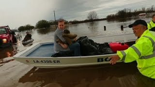 Raw: Residents Evacuate as Rain Soaks North La.
