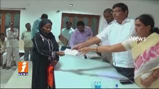 TRS MLA Jalagam Venkat Rao Distribues Kalyana Laxmi And Shadi mubarak Cheques In Palwancha | iNews