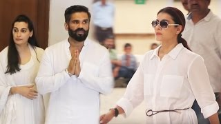 Kajol At Suniel Shetty's Father Veerapa Shetty's Prayer Meet