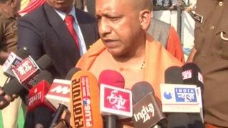 योगी आदित्यनाथ ने आजम खान को बताया बेशर्म