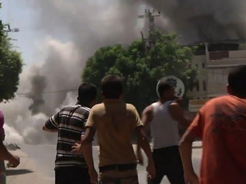 Raw- Israeli Airstrikes Hit Building in Gaza News Video