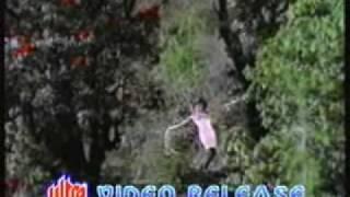 Lovely Lovely Hai Samaan   Boond Jo Ban Gayee Moti (1967)   Asha Bhonsle, Mahendra Kapoor   {Old Is Gold}