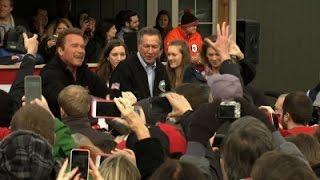 Schwarzenegger Endorses Kasich for President