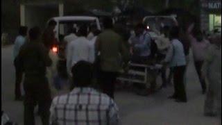 निजी स्कूल बस और ट्रक में भिड़ंत, 33 बच्चे घायल