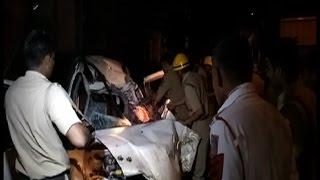 दर्दनाक हादसे में कार के उड़े परखच्चे, दो की मौत, 5 घायल