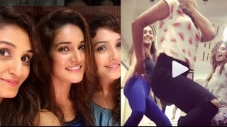 Beat Pe Booty Dance By Shakti, Mukti, Neeti Mohan SEDUCTIVE Dance