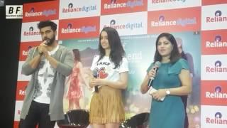 Shraddha Kapoor Singing Song For Media With Arjun Kapoor - Reliance Digital