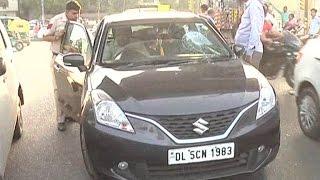 टेम्पो चालक की पिटाई से पसीजा दिल्ली वालों का दिल, आरोपी की कार पर बोला हमला