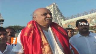 Vishwa Hindu Parishad Pravin Togadia Visits Tirumala | Sensational Comments On Pakistan | iNews