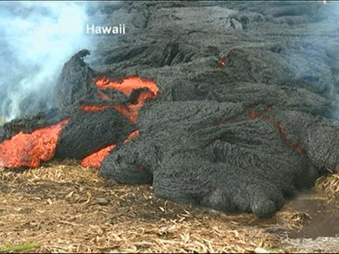 Raw- Hawaii Lava Approaching Village Road News Video