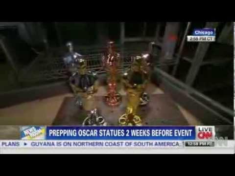 Get A glimpse at Naked Oscar News Video
