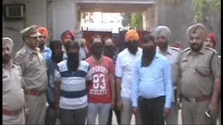 शर्मनाक ; 20 लाख की हवाला राशि सहित 2 पुलिस मुलाजिम गिरफ्तार