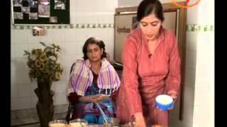 Home Remedies Tips For Healthy Hair - Dr. Geetanjali Arora (Ayurveda Expert)