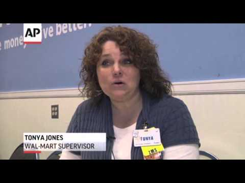Low-wage Workers Struggle to Join Middle Class News Video