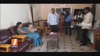 Kurnool DMHO Meenakshi Mahadev Caught Red Handed by ACB While Taking Bribe | iNews