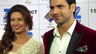Divyanka Tripathi & husband Vivek Dahiya complimenting each other at Zee Rishtey Awards