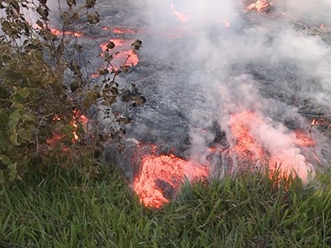 Raw- Hawaii Lava May Force Evacuation News Video