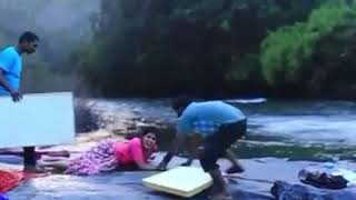 Sairat Actress Rinku Rajguru ( Aarchi ) Fallen Down Badly While Shooting Dance Scene For South Movie