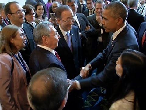 Raw- Historic Handshake Between Obama, Castro News Video
