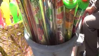 प्रदेश में होली की धूम, रंगों से सजे बाजार