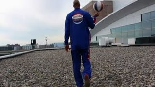 Globetrotters Make Long Shots from Arena Rooftop
