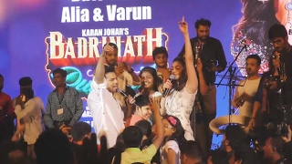 Crazy Varun & Alia DANCES At Kala Ghoda Arts Festival 2017 | Badrinath Ki Dulhania