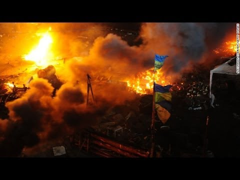 Ukraine crisis- Police storm main Kiev 'Maidan' protest camp | 21 die in Ukraine violence News Video