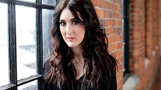 Aubrie Sellers Debuts Garage Country Record News Video