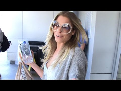 LeAnn Rimes -- Accidentally Sets Off Airplane Fire Alarm ... MY BAD!!!