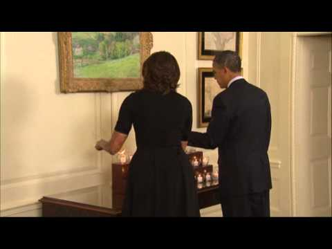 Raw: Obamas Pause in Remembrance of Sandy Hook News Video