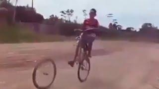 Video Lucu Banget Sepeda dan Motor, Bikin Ketawa Kamu Gak Bisa Berhenti [EDISI PALING LUCU]
