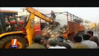 Fire Accident In Mini Lorry Due To Short Circuit | Gollapudi | Vijayawada | iNews
