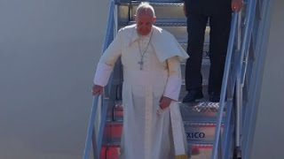 Raw- Pope Francis Arrives at US-Mexico Border News Video