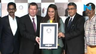 Sonakshi Sinha creates 'Guinness World Record' along  1328 women