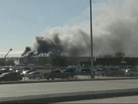 Raw- Small Plane Crashes at Wichita Airport News Video