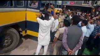 जेपी कंपनी के खिलाफ प्रदर्शन कर रहे ट्रक आपरेटरों ने की गिरफ्तारियां