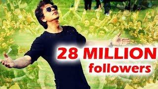 Shahrukh Khan  CROSSES 28 Million Followers On Twitter - Social Media King