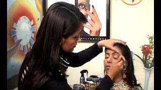 Bridal Make Up Tutorial - Aapka Beauty Parlour - Pooja Goel (Beauty Expert)