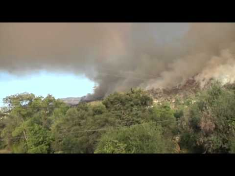 Structures Burn in Southern California Wildfire News Video