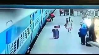 Train Accident At Borivali Station | Women Lost Her Life